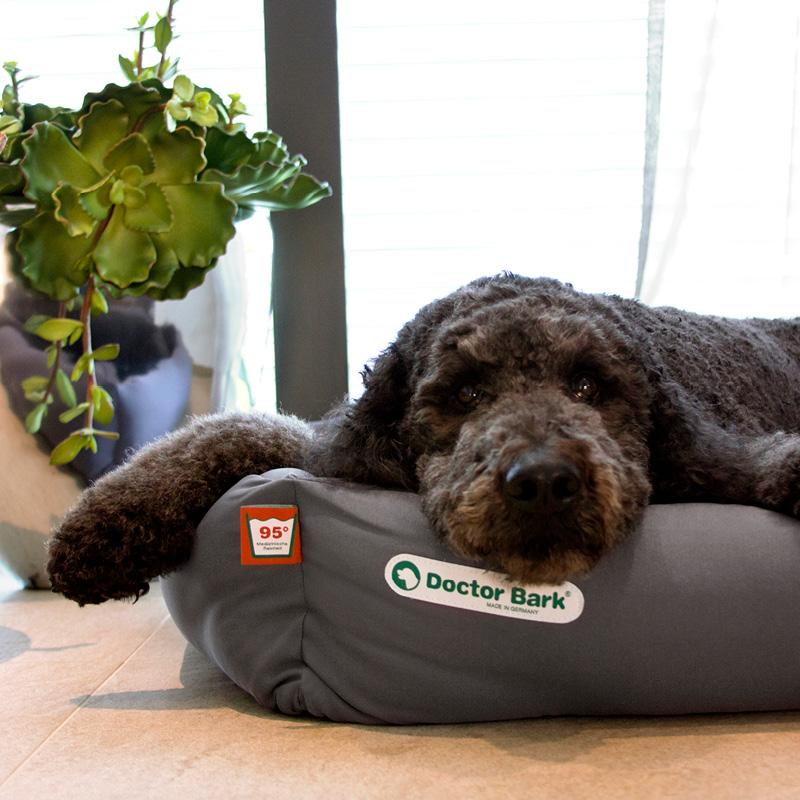 Doctor Bark - eckiges Hundebett mit Rand - waschbar bei 95°C